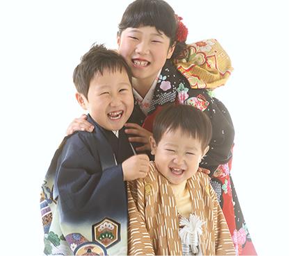 兄弟・姉妹もみんな着物で笑顔に♪