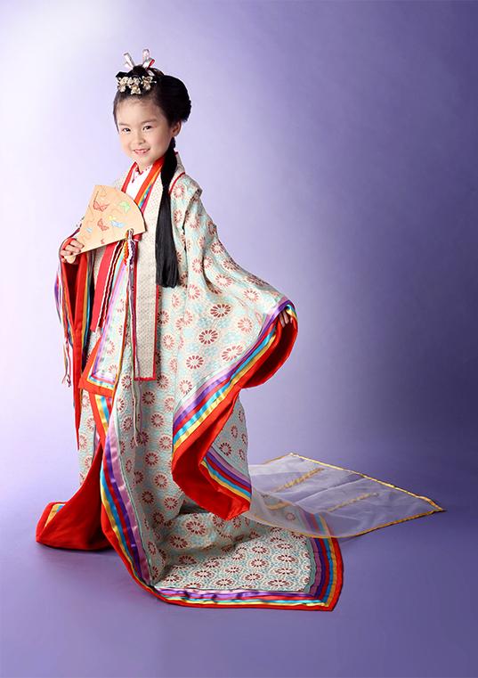 七歳 平安緑青(へいあんろくしょう) 十二単