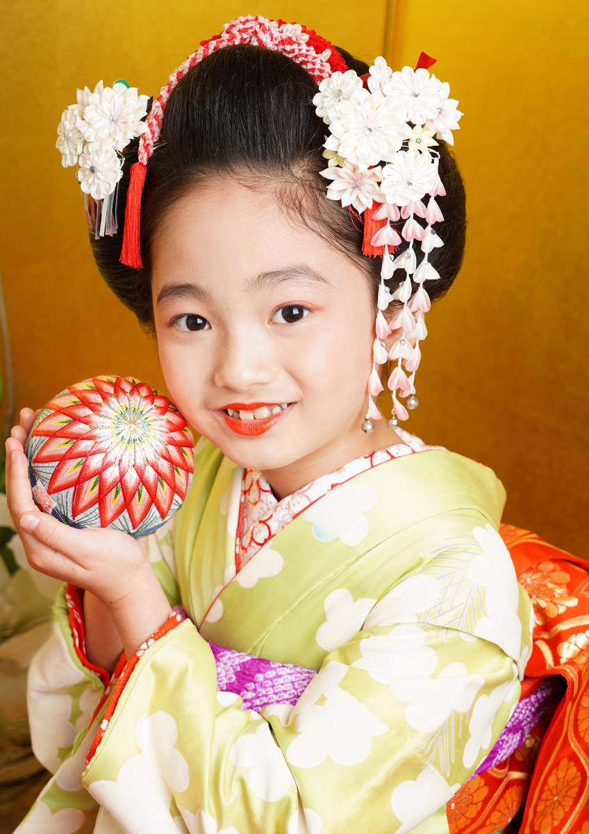 七歳 日本髪 美しい日本の伝統『舞妓』