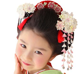 キレイな日本髪″自分の髪で結い上げます
